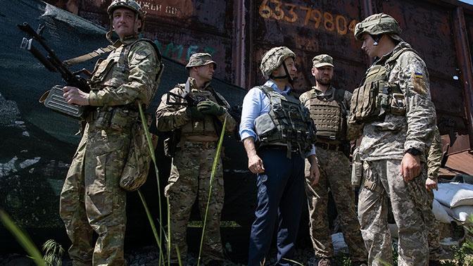 Зеленский поручил начать внедрять в ВСУ стандарты НАТО