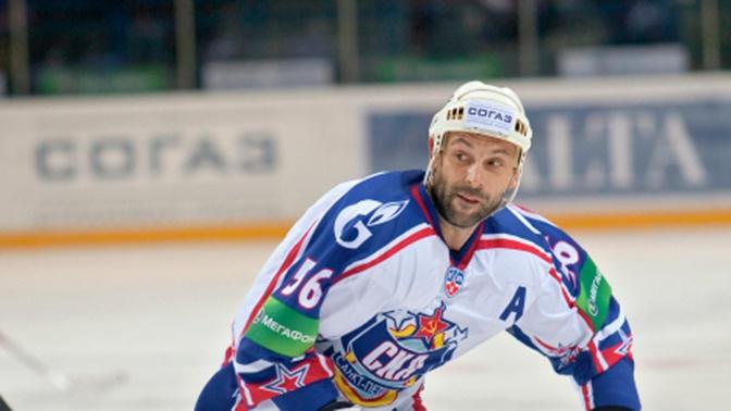 Российский хоккеист Зубов включен в Зал хоккейной славы в Торонто