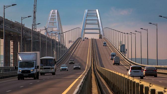 Установившего рекорд превышения скорости на Крымском мосту лихача оштрафовали