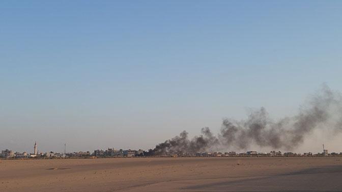 Аэропорт в Триполи приостановил работу из-за авиаудара