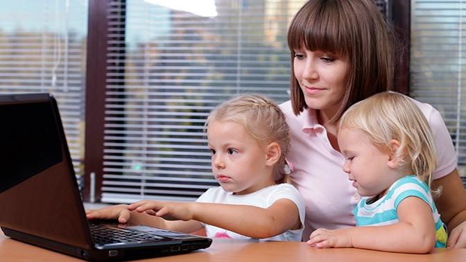 Путин поручил увеличить детские пособия для малоимущих в сотни раз