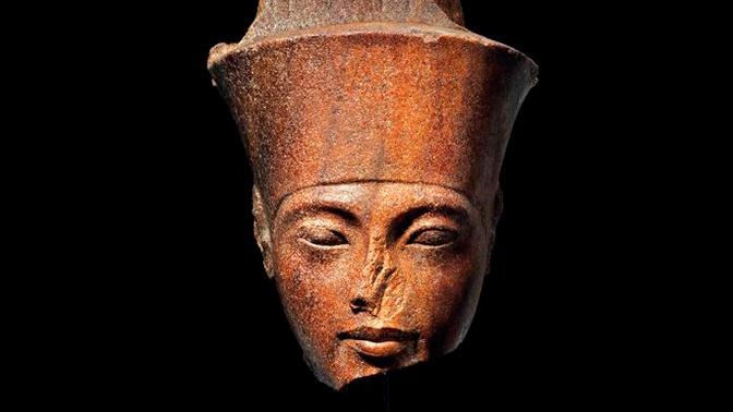 Бюст раздора: египетская статуэтка с лицом Тутанхамона была продана почти за $6 млн
