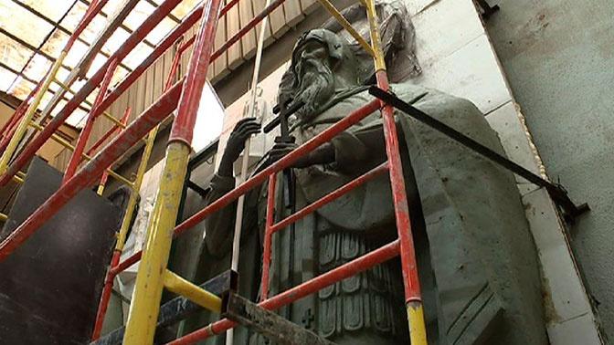 Скульптуры святых монахов-воинов Пересвета и Ослябя украсят вход главного храма ВС РФ