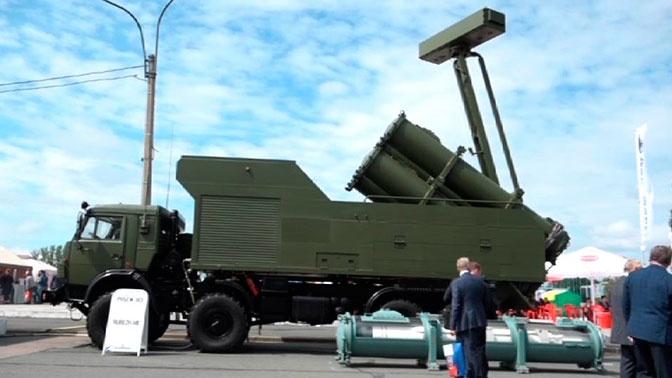 Береговой ракетный комплекс «Рубеж-МЭ» впервые показали иностранным заказчикам в Петербурге