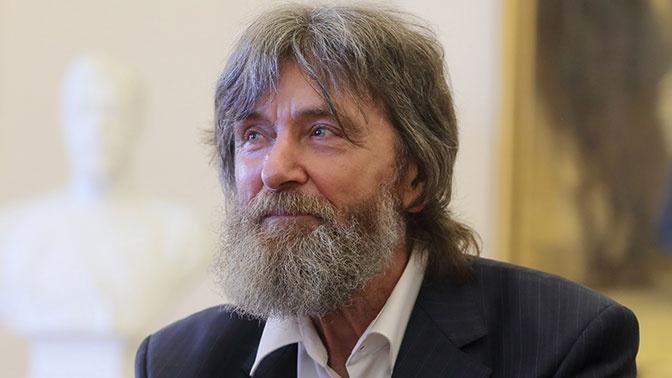 Конюхов планирует поднять со дна останки адмирала Макарова и захоронить их в Главном храме ВС РФ