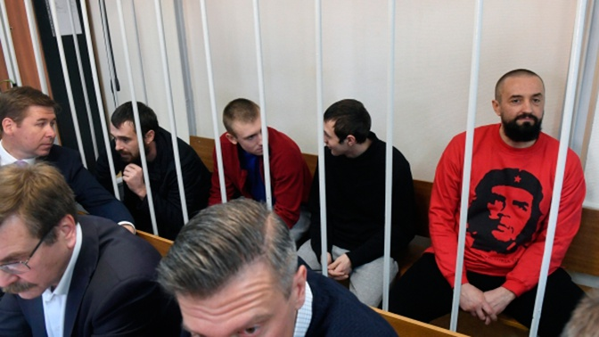 ФСБ обратилась в суд с просьбой продлить арест украинским морякам на три месяца