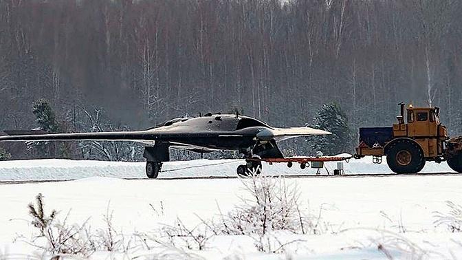 РФ поднимет в воздух ударный беспилотник «Охотник» до конца года