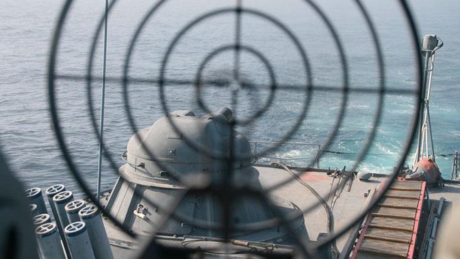 ВоВладивосток изКамчатки прибыль ракетный корабль для участия впараде