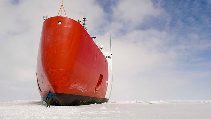 В США срочно потребовали шесть ледоколов для конкуренции с РФ в Арктике