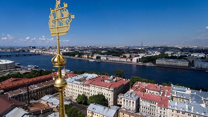 Туристам запретят гулять по крышам Санкт-Петербурга