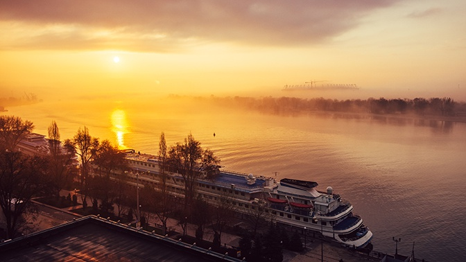 Беги, повар, беги: украинский моряк прыгнул за борт и доплыл до Ростовской области