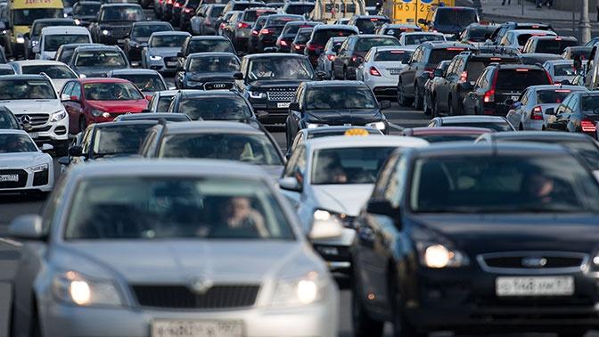 Названы самые медленные магистрали Москвы