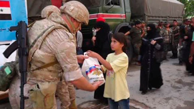 Российские военные провели две гуманитарные акции в Сирии