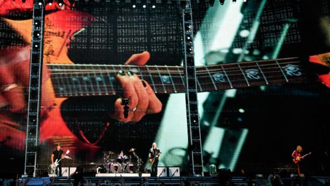 «Прикольно, удивительно»: основатель группы «Кино» о выступлении Metallica в Москве