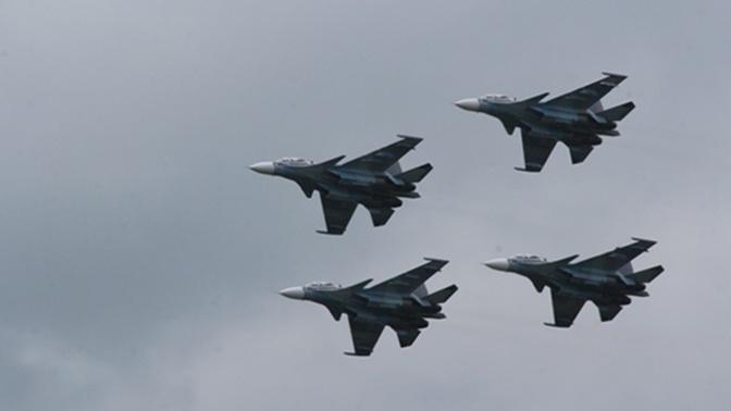 «Русские витязи» провели тренировку в небе Балтийска