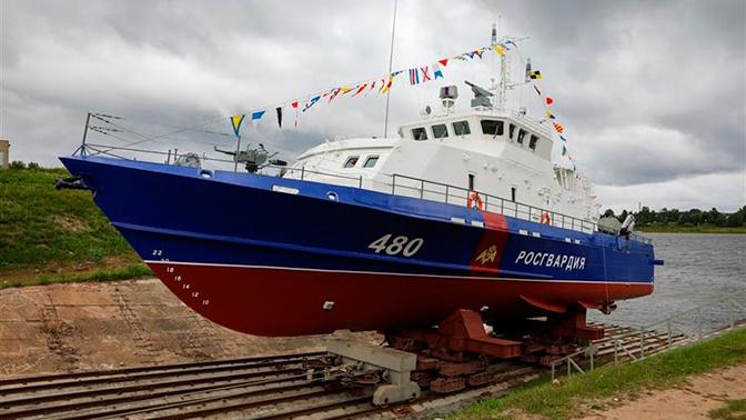 На страже Крымского моста: в Рыбинске спустили третий «Грачонок» для Росгвардии