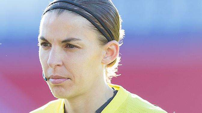Впервые в истории матч за Суперкубок UEFA по футболу рассудит женщина