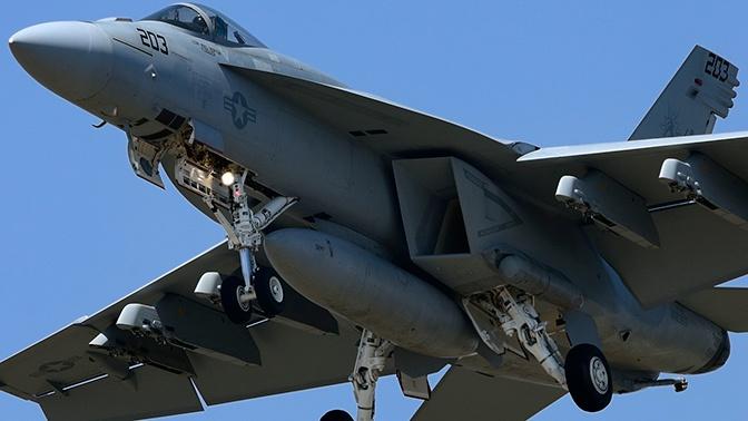 Пилот рухнувшего в Калифорнии истребителя погиб
