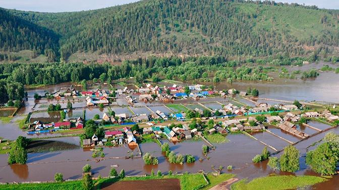 «Без вас не справимся»: Мутко призвал власти Приангарья к активной работе по ликвидации последствий паводка