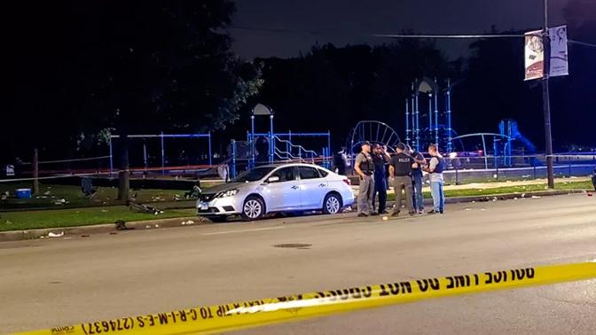 Неизвестный открыл стрельбу в парке в Чикаго