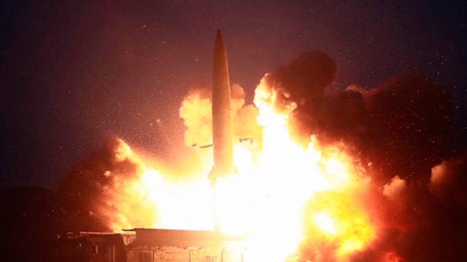 Северная Корея показала пуски баллистических ракет