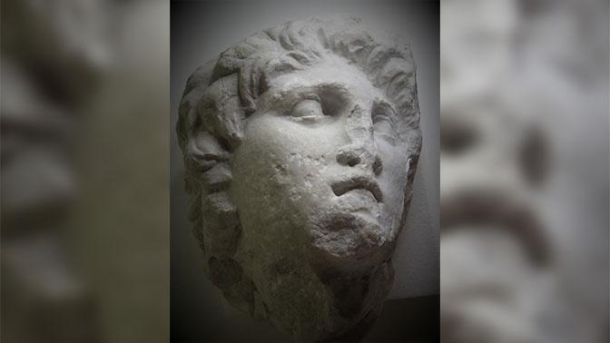 В Греции нашли забытую скульптуру Александра Македонского