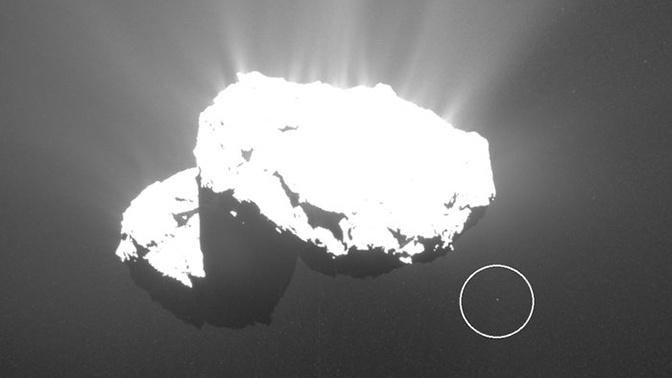 Ученые обнаружили неопознанный объект на орбите кометы Чурюмова-Герасименко