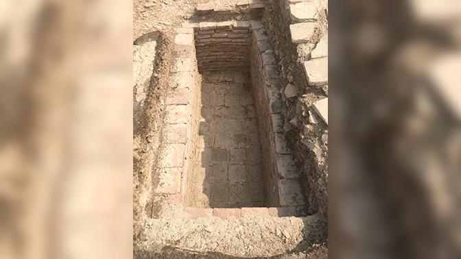 Ученые раскрыли загадку пустого каменного склепа в Крыму