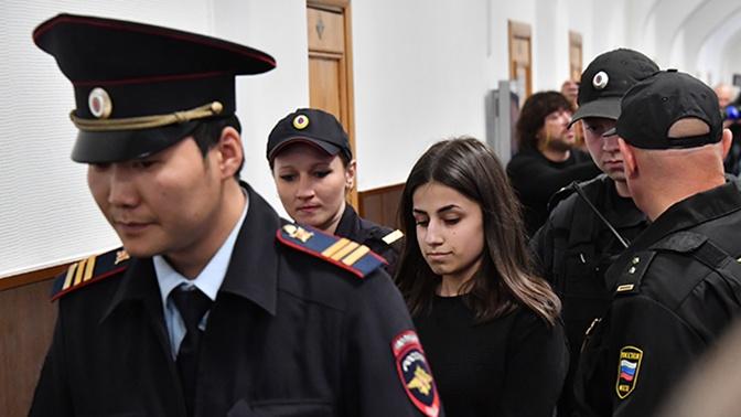 Сестер Хачатурян признали жертвами своего отца