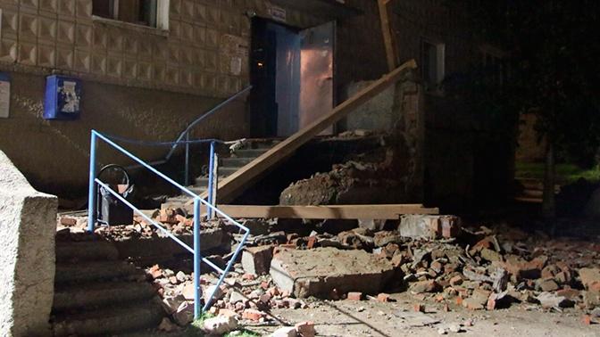 В Югре частично обрушилась пятиэтажка: кадры с места