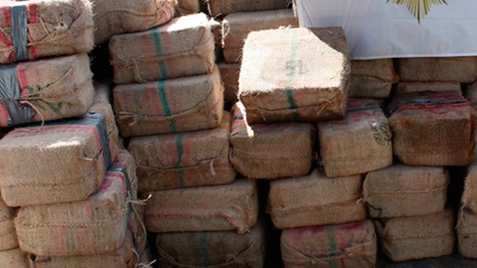 Судно с почти тонной кокаина и россиянином на борту задержали в Испании