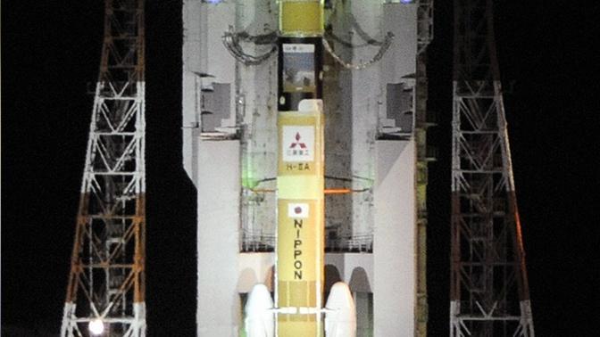 Запуск японской ракеты с космическим беспилотником отложен из-за пожара