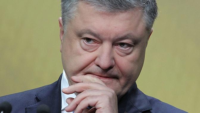 Порошенко назвал тревожной новостью возможную отставку Волкера
