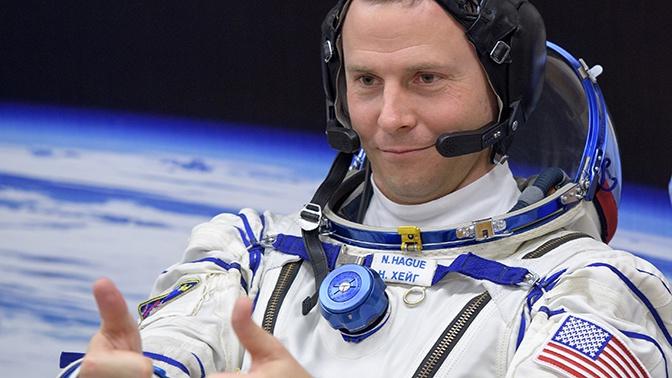Путин наградил астронавта NASA Хейга орденом Мужества