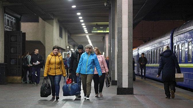 В Киеве заявили, что не планируют прекращать ж/д сообщение с Россией