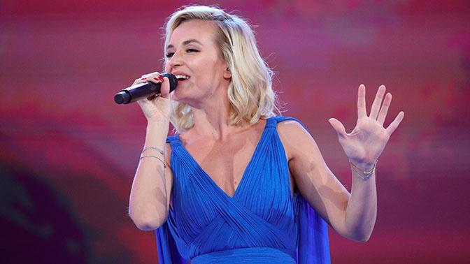«Содрала всю фактуру»: певица Кормухина подала в суд на Гагарину за песню Цоя