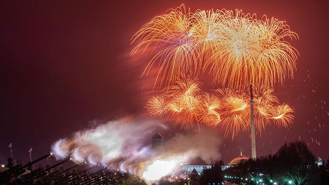 Небо Москвы украсят свыше 2 тысяч фейерверков в честь 75-й годовщины освобождения Белграда