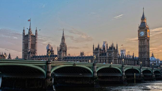 Британия пригрозила заморозить активы российского миллиардера