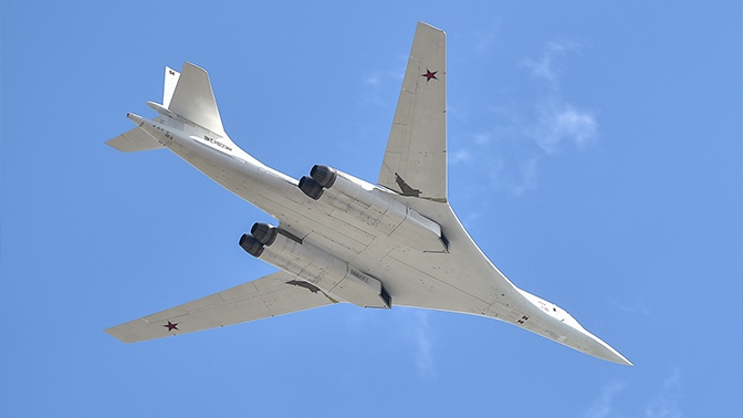 Ракетоносцы Ту-160 совершат перелет в ЮАР