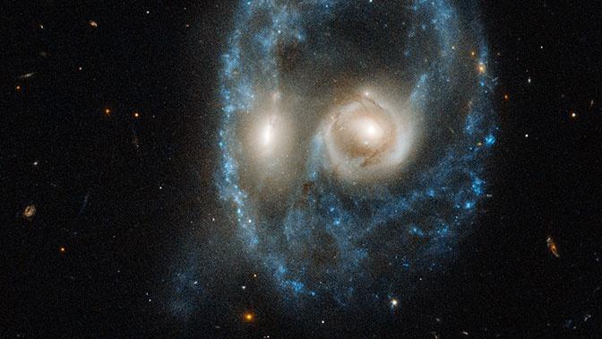 телескоп Hubble сфотографировал зловещее лицо в космосе