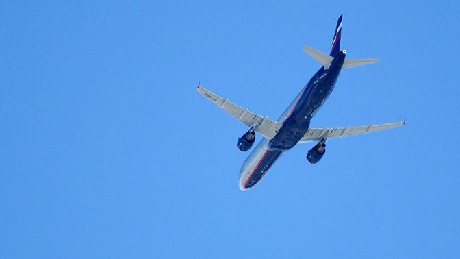 Самолет рейса Москва - Фергана вынужденно сел в Самаре из-за смерти пассажира