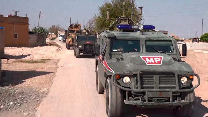 Российская военная полиция продолжает патрулирование в Сирии