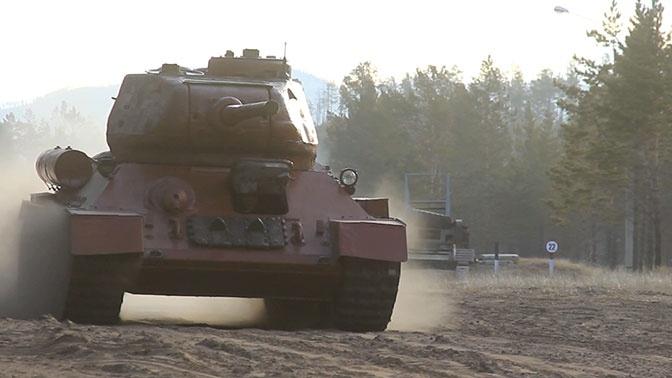 Ожившая история: кадры испытаний восстановленного Т-34 на сложной трассе