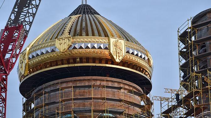 Уникальная операция: подъем центрального купола Главного храма ВС РФ глазами юнармейцев
