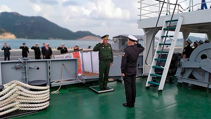 Замминистра обороны РФ Александр Фомин встретился с вьетнамским коллегой