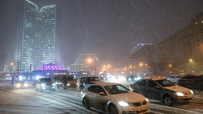 Синоптики предупредили о надвигающейся на Москву сильной метели