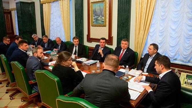 На Украине утвердили пять сценариев «реинтеграции Донбасса»