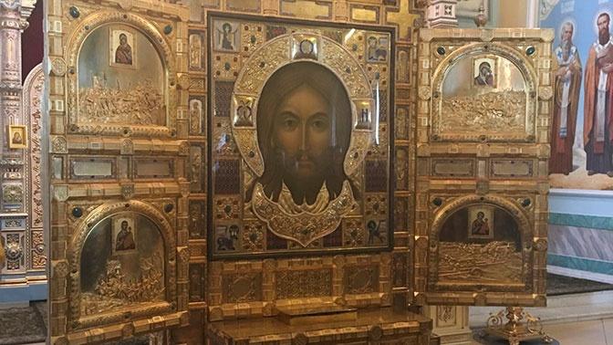 Икона «Спас Нерукотворный» Главного храма ВС РФ прибыла во Владивосток