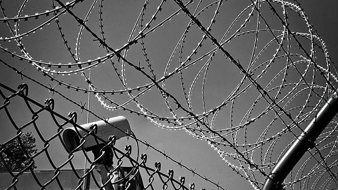 Порошенко посоветовал властям Украины построить стену на границе с Россией