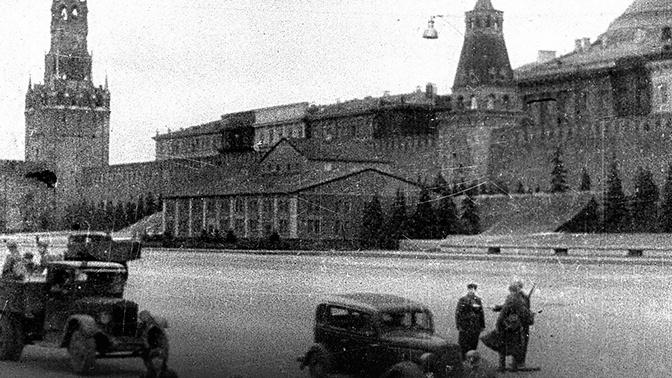 Опубликованы редкие фото маскировки достопримечательностей Москвы от фашистской авиации